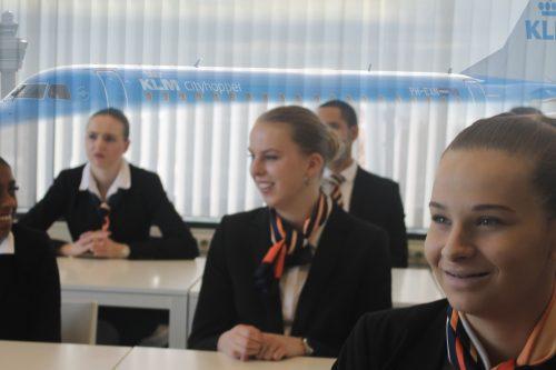 TAT opleidingen Stewardess Schiphol